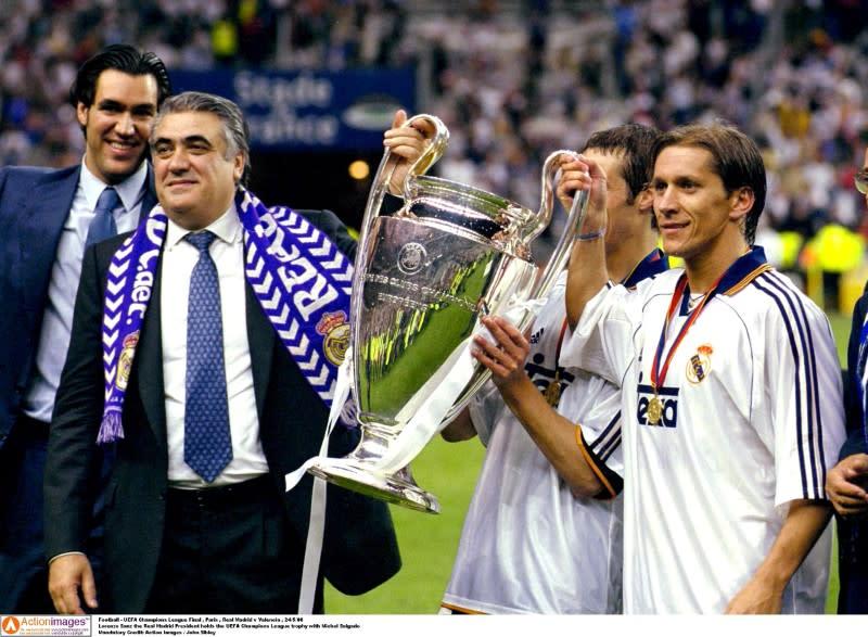 FILE PHOTO: Football - UEFA Champions League Final , Paris , Real Madrid v Valencia , 24/5/00