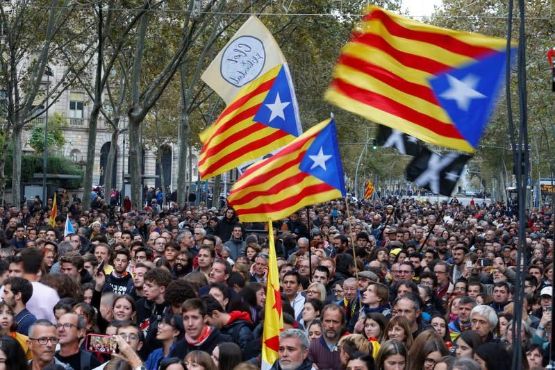 Democratic Tsunami calls for protest in central Barcelona