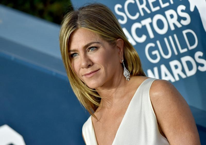 Jennifer Aniston has shared a plea urging fans to wear a face mask. (Getty Images)