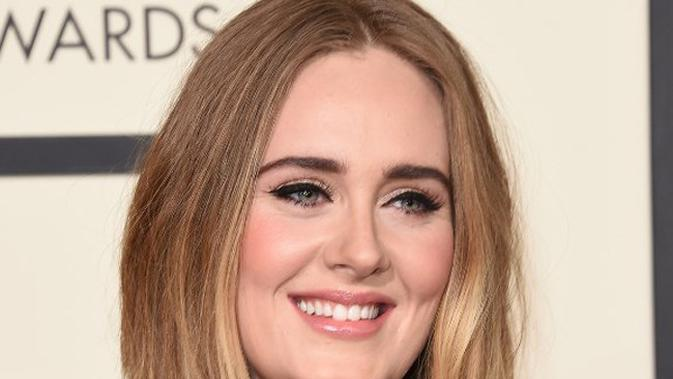 Lirik Lagu Someone Like You - Adele