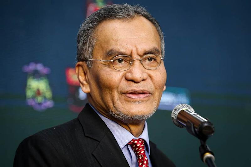 STFC chairman Datuk Seri Dzulkefly Ahmad says the task force is determined to put forward all recommendations and necessary actions in line with scientific proof and the latest information. ― Picture by Yusof Mat Isa