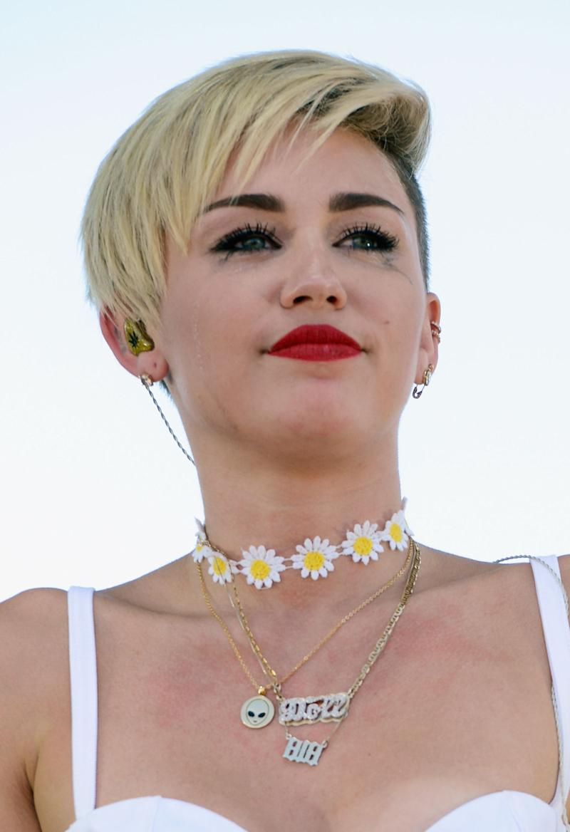 Why Did Miley Cyrus Cry During Her iHeartRadio Concert?