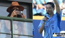 AKIRA開球險出糗!林志玲偷現身 搶拍照為老公「加油」