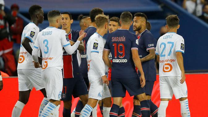 Aksi Neymar di lapangan pada laga Ligue 1 Prancis antara Paris Saint-Germain dan Marseille di Parc des Princes di Paris, Prancis, Minggu, 13 September 2020. (Foto AP / Michel Euler)