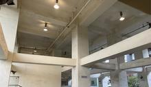 快新聞/五堵車站橋下有燈不開! 台鐵局:請廠商保持開起並加裝照明