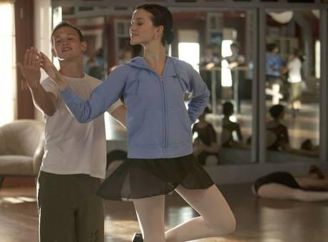 Exclusive Video: 'SYTYCD' Fave Kent Boyd Guests on 'Bunheads'