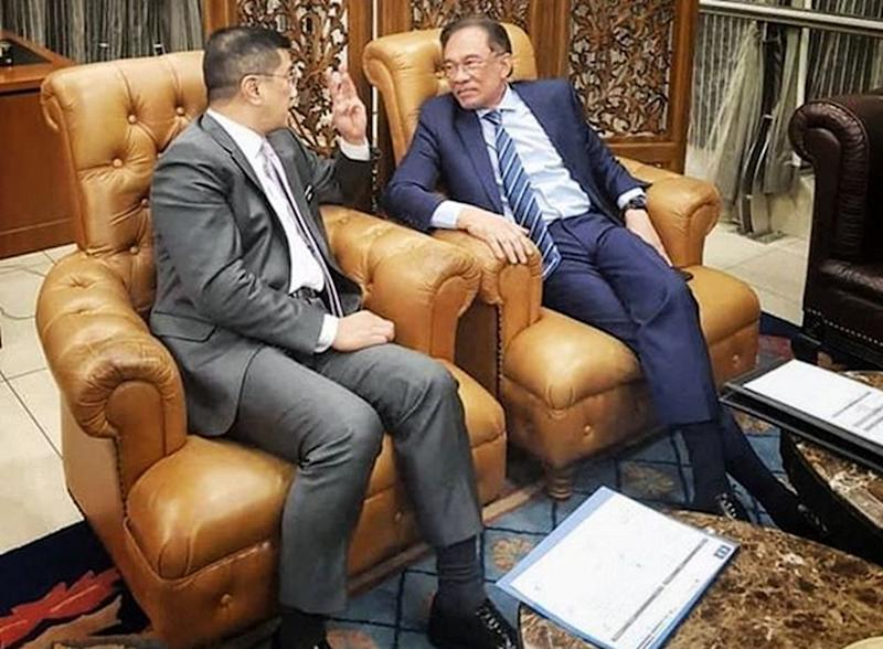 Azmin uploaded a picture of Anwar and him conversing in detail during the meeting in Parliament. — Picture courtesy of Instagram/azmin_ali