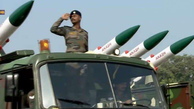 VIVA Militer: Militer India.