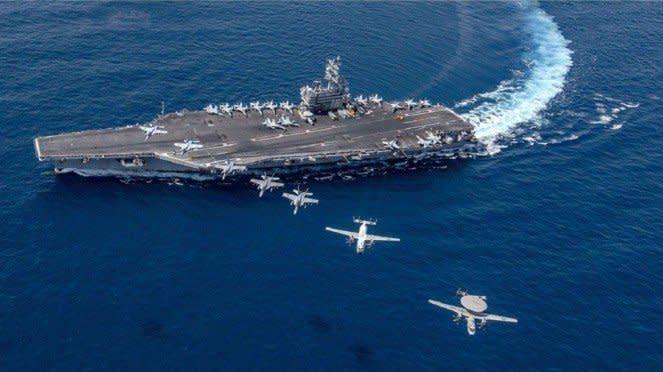 VIVA Militer: Kapal Induk Amerika di Laut China Selatan