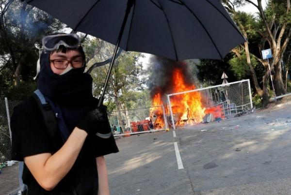 Kampus di Hong Kong Tak Aman, Mahasiswa Tiongkok Pilih Pulang Kampung