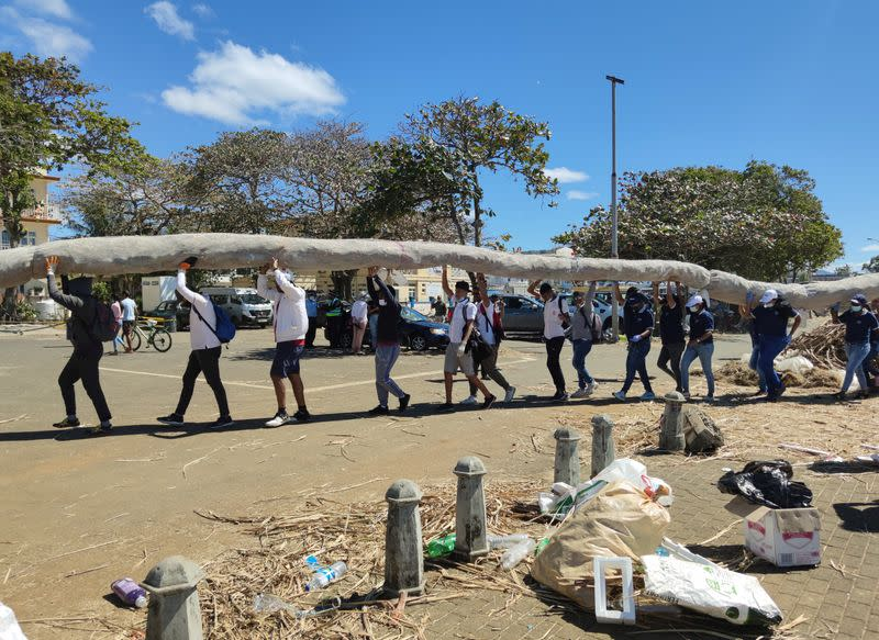 Mauritius says almost all oil removed from damaged Japanese ship