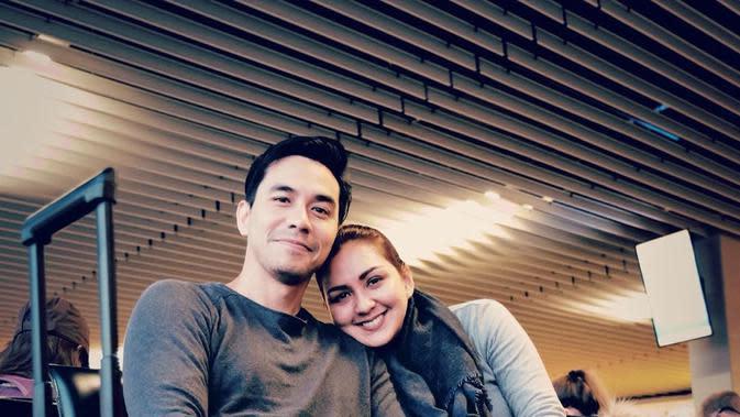 Donna Agnesia dan Darius Sinathrya liburan berdua ke Eropa (Dok.Instagram/@dagnesia/https://www.instagram.com/p/B7IexC7ny0k/Komarudin)