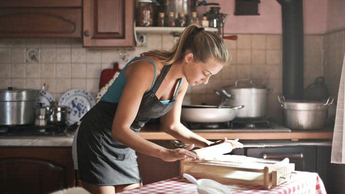 Ilustrasi masak (Photo by olly on Pexels)