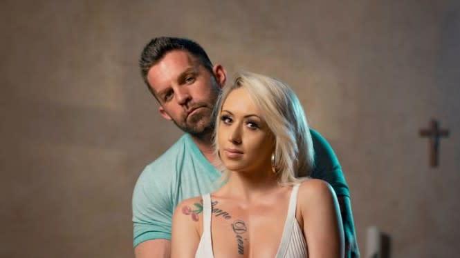 Bintang Porno Ungkap Rasanya Beradegan Seks Dilihat Pasangan Sendiri
