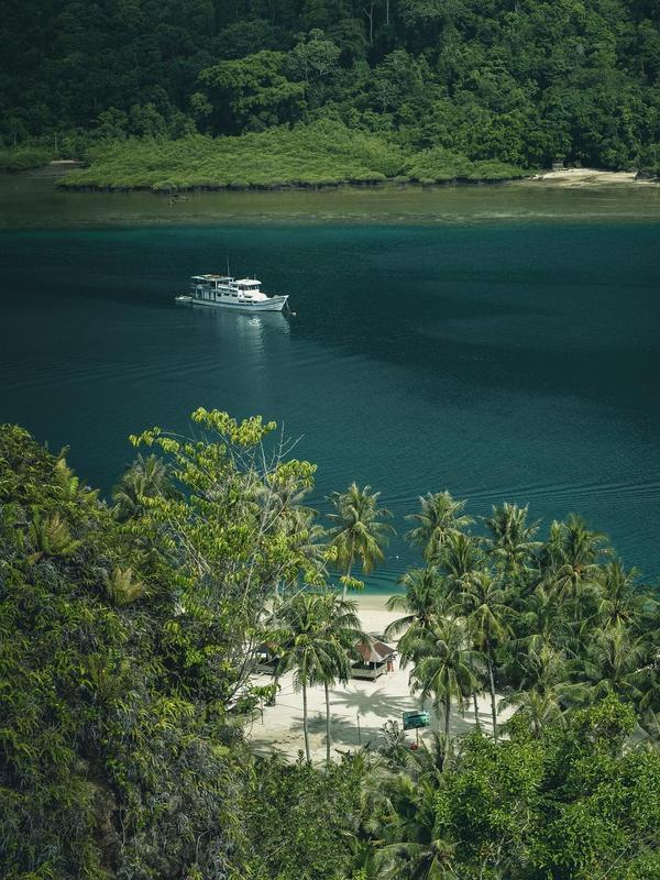 Pulau Pasumpahan. (dok. @wrangland/https://www.instagram.com/p/Brh13kiHbGD/Indah Permata Niska)