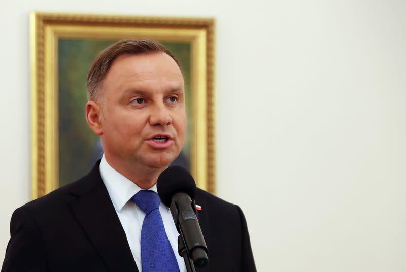 Poland's Duda seen winning presidential vote - majority results