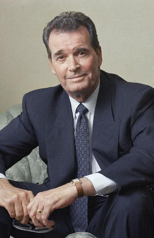 "FILE - Actor James Garner poses during an interview in New York in this June 2, 1989 file photo. Actor James Garner, wisecracking star of TV's ""Maverick"" who went on to a long career on both small and big screen, died Saturday July 19, 2014 according to Los angeles police. He was 86. (AP Photo/Wyatt Counts, File)"