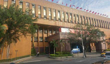 疫情恐進入第3級警戒 台北地院、地檢出庭採實聯制
