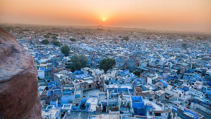 6 Kampung Indah yang Bernuansa Serba Biru. (Sumber: Pixabay/bhatigajendra)