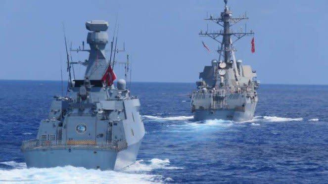 VIVA Militer: Kapal fregat Turki di Mediterania.