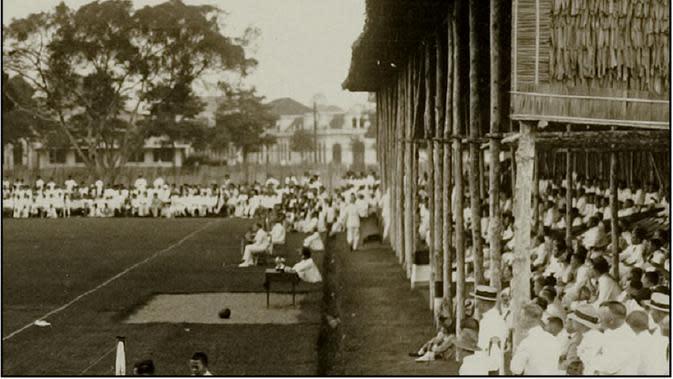 Esplanade Medan (kini lapangan Merdeka) disulap stadion. (De Sumatra Post/https://akhirmh.blogspot.com/)