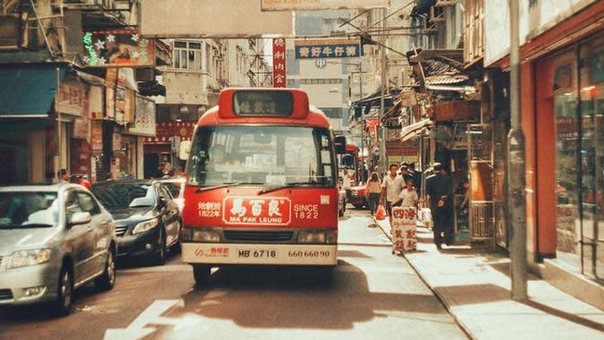 Ilustrasi Hong Kong. Sumber foto: unsplash.com/Julia Tet.