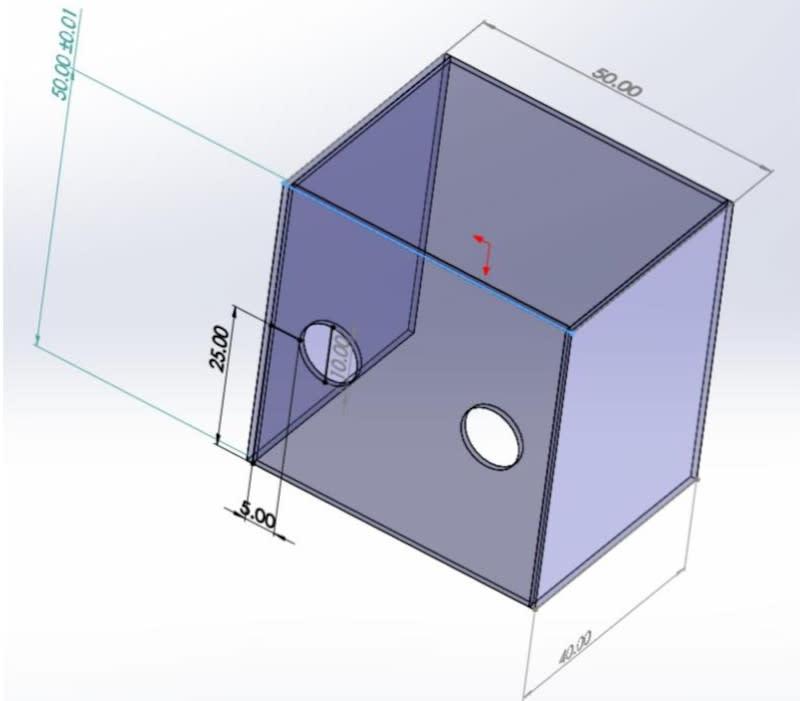 Dr Lai's aerosol box design measurements. — Picture via Facebook/賴賢勇