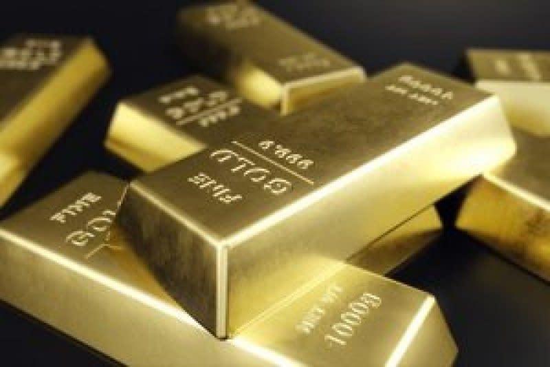 Harga emas naik tipis, terganjal kebangkitan dolar dan data ekonomi AS