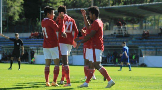 Skuad Timnas Indonesia U-19 merayakan gol ke gawang Dugopolje