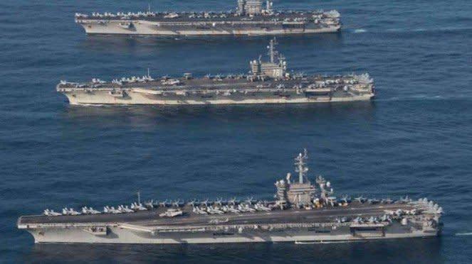 VIVA Militer: Tiga kapal induk Angkatan Laut Amerika Serikat (US Navy)