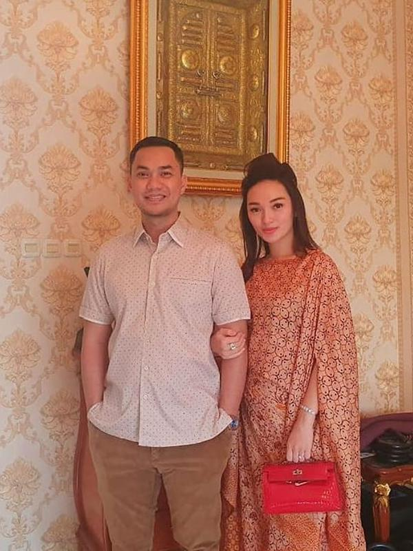 Zaskia Gotik dan Sirajuddin Mahmud (Instagram/zaskiaa_gotik)