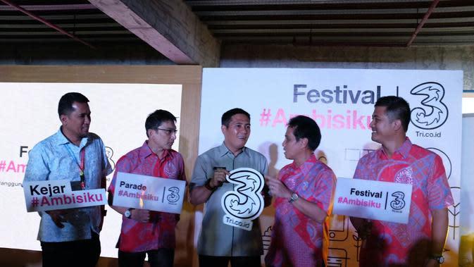 Tri Hutchison menggelar kampanye di tiga kota besar Indonesia bertajuk Ambisiku. Liputan6.com/Iskandar
