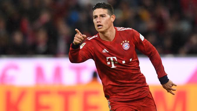 James Rodriguez - Selama masa peminjaman bersama Bayern Munchen dirinya tampil biasa saja, kemungkinan besar dirinya akan kembali dilego oleh Real Madrid dan mungkin ke Napoli untuk gabung bersama Carlo Ancelotti. (AFP/Christof Stache)