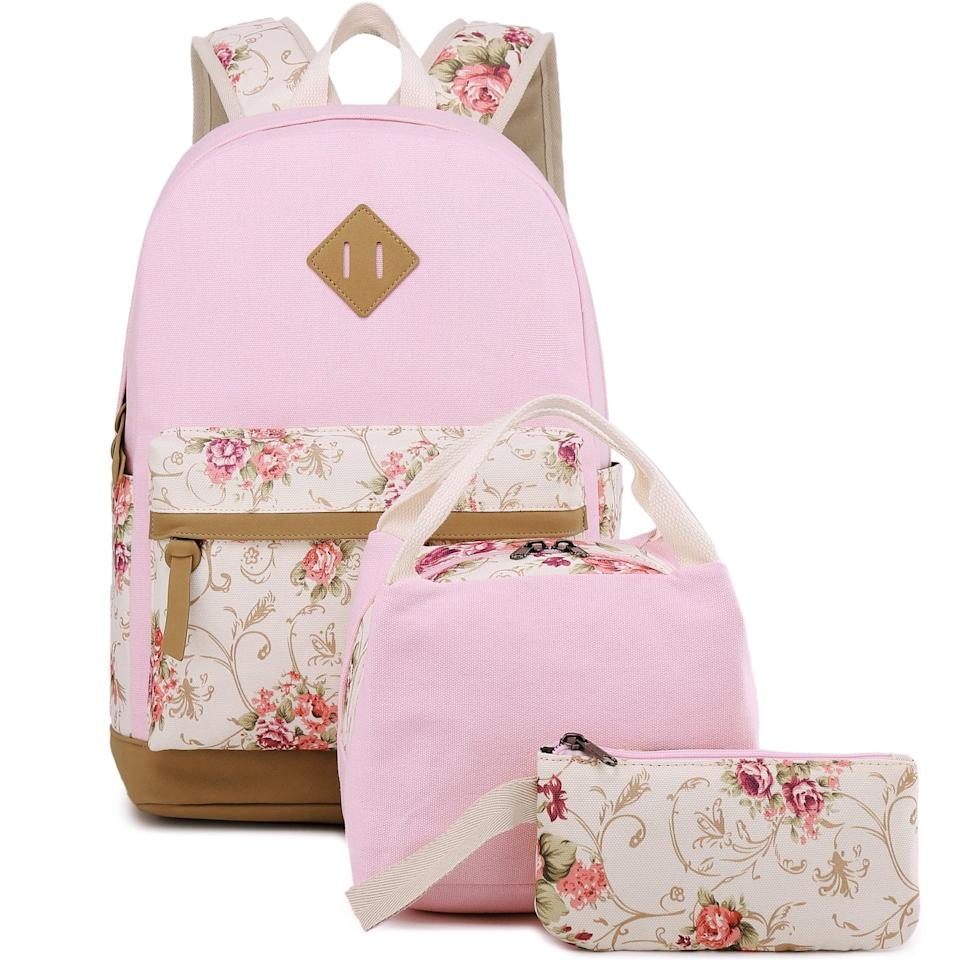"<p>This whimsical three-piece <product href=""https://www.amazon.com/BLUBOON-Backpack-Canvas-School-Bookbags/dp/B07D6LTBZG/ref=sr_1_4?crid=3QQ283QJ23TAR&amp;keywords=backpack+for+middle+school+girls&amp;qid=1563291634&amp;s=gateway&amp;sprefix=backpack+form+middle+s%2Caps%2C146&amp;sr=8-4"" target=""_blank"" class=""ga-track"" data-ga-category=""internal click"" data-ga-label=""https://www.amazon.com/BLUBOON-Backpack-Canvas-School-Bookbags/dp/B07D6LTBZG/ref=sr_1_4?crid=3QQ283QJ23TAR&amp;keywords=backpack+for+middle+school+girls&amp;qid=1563291634&amp;s=gateway&amp;sprefix=backpack+form+middle+s%2Caps%2C146&amp;sr=8-4"" data-ga-action=""body text link"">BLUBOON Backpack Set </product> ($44) comes with a backpack, lunchbox, and pencil case. Isn't the pattern just dreamy? </p>"