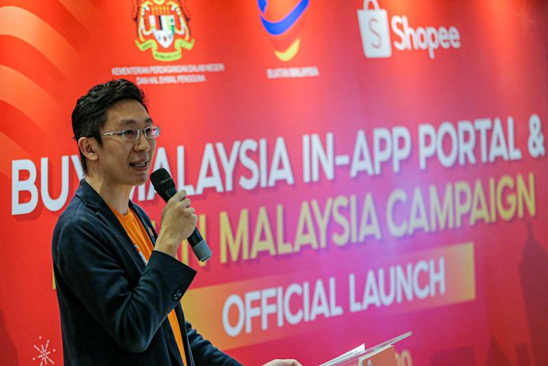 Shopee Malaysia Fast Moving Consumer Goods head Tan Ming Kit says there is growing demand for Malaysian-made products. — Picture by Hari Anggara