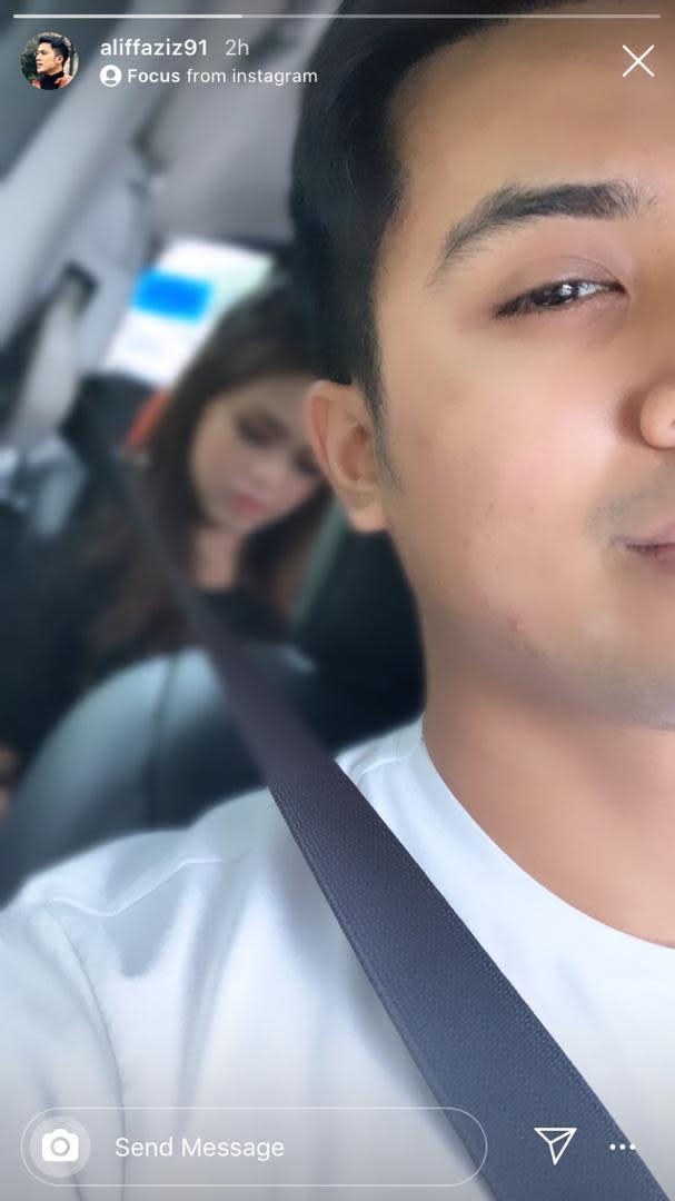 The Singaporean actor shared a car selfie on Insta Stories. — Picture via Instagram/ Aliff Aziz