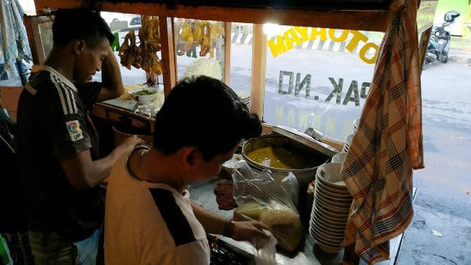 Kegelisahan Sentra Kuliner Soto Kediri di Tengah Pandemi Corona