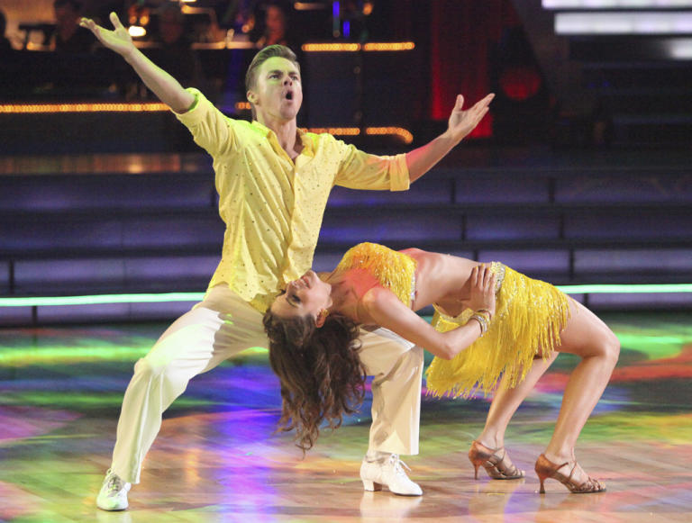 Derek Hough and Maria Menounos (4/16/12)