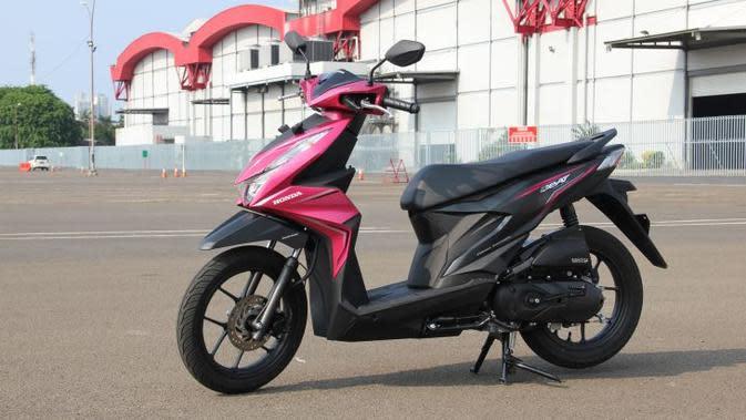 Adu Irit Honda BeAT Lama Vs BeAT Terbaru
