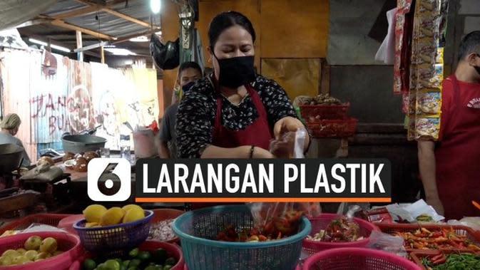 VIDEO: Jakarta Larang Kantong Plastik, Pedagang di Pasar Masih Sediakan