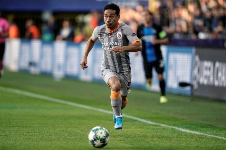 Marseille add Japanese veteran Nagatomo