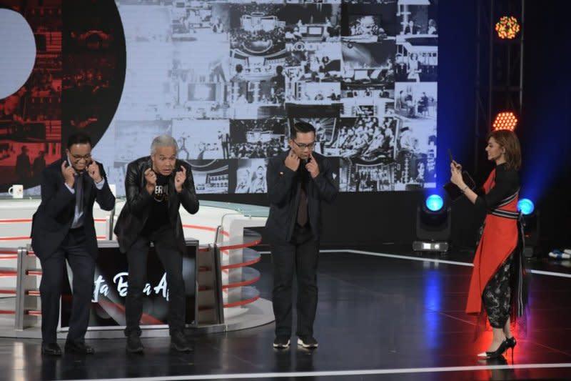 "Ridwan Kamil tak latihan saat 'Tiktok"" dengan Anies-Ganjar"