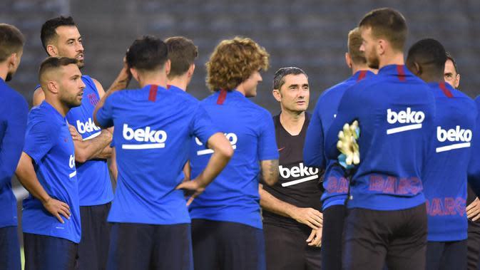 6 Pemain Barcelona Ini Ucapkan Salam Perpisahan Emosional kepada Valverde