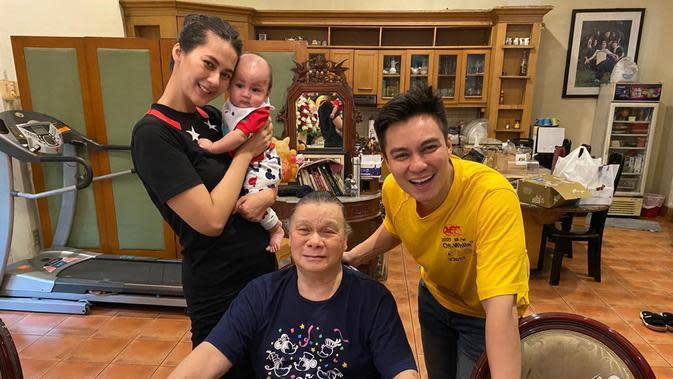 Sejak itulah, Baim Wong menyadari bahwa pentingnya keluarga. Selama sibuk kerja, ia jarang pulang ke rumah lantaran memiliki rumah sendiri. (Instagram/Baim Paula)
