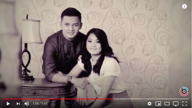 Mantan istri Dory Harsa