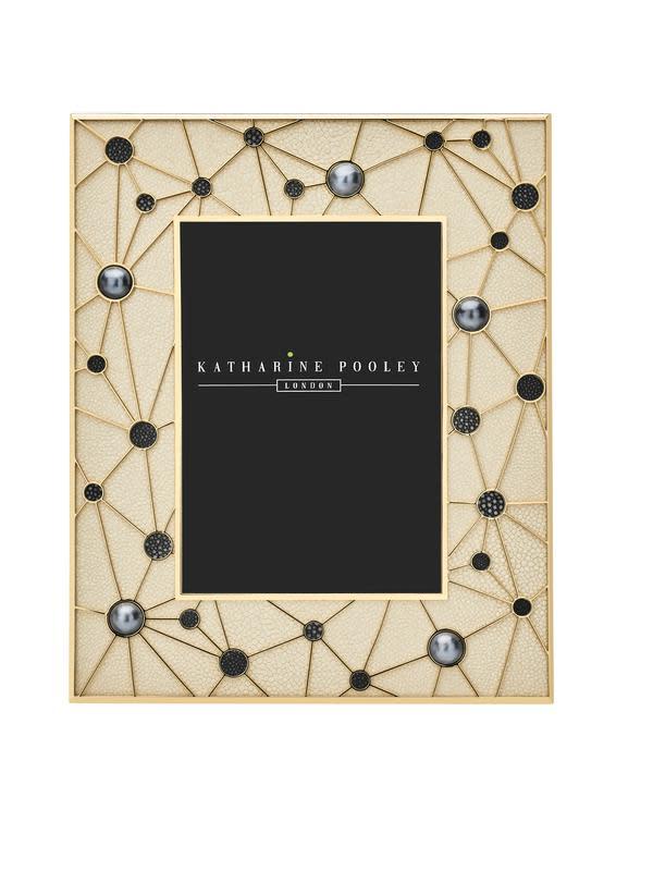 Hadiah Valentine Constellation dari Katharine Pooley