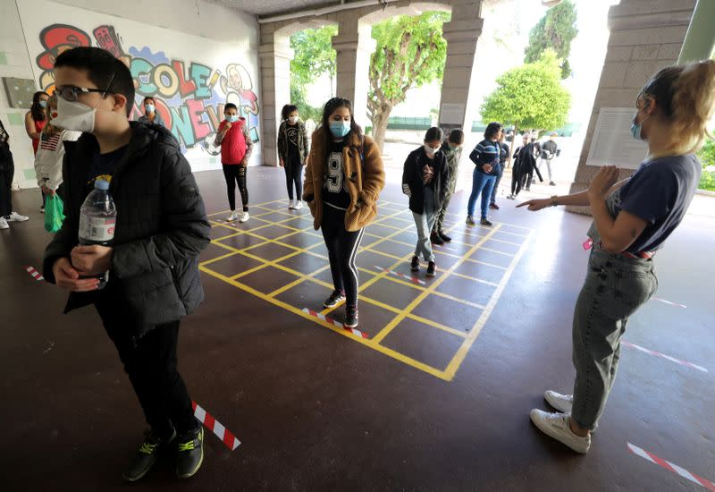 FILE PHOTO: French children return to school in Nice