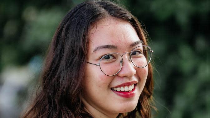 ilustrasi perempuan tertawa/Photo by Denniz Futalan from Pexels (3)