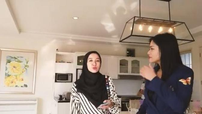 Laudya Cynthia Bella di Rumah Titi Kamal. (Youtube LCB Channel)