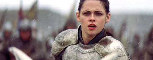 Kristen Stewart Gets Back in the Saddle for 'Snow White & the Huntsman'